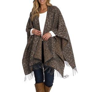 Woolrich Blanket Wrap • Leopard Print Wrap Scarf